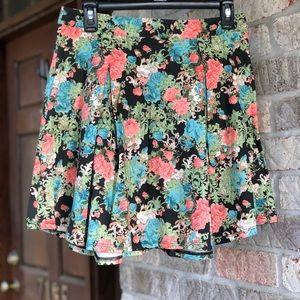 Dresses & Skirts - Floral Fixation Skirt
